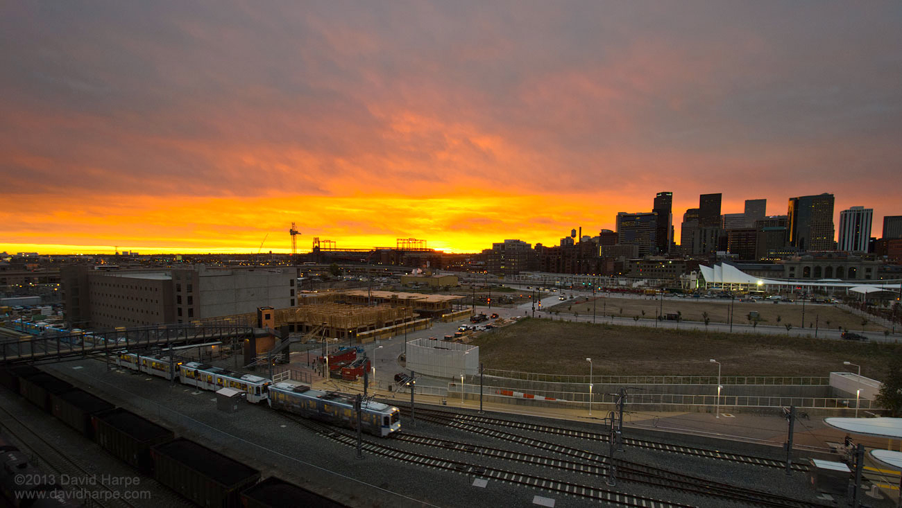 Denver Sunrise Flickr photo by Dave Harpe /photos/daveharpe/10354670205/
